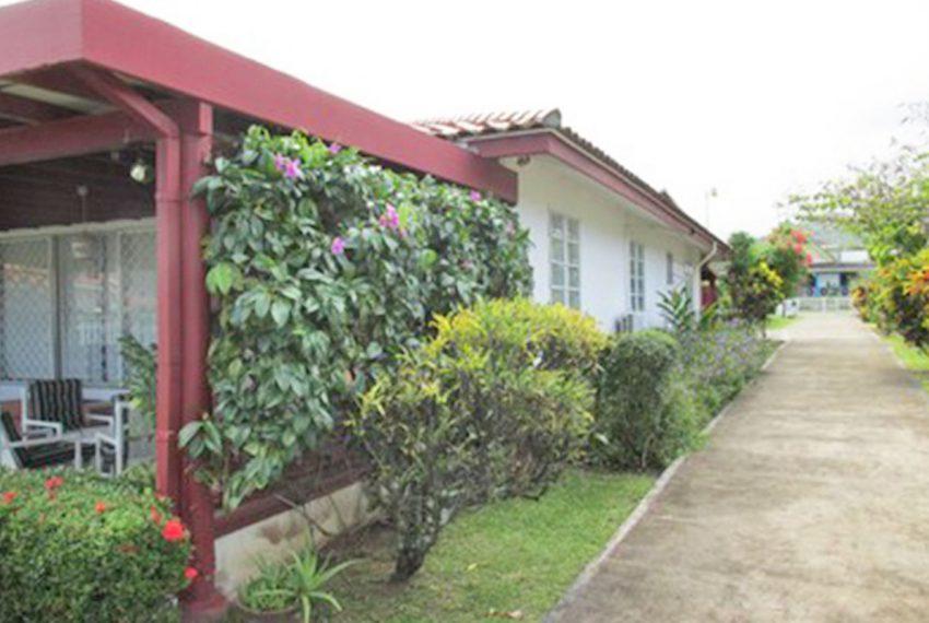 ST-Lucia-Homes---Villa-Kai-Karibe-&-Reflection---Home-side-view