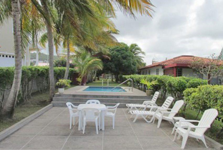 ST-Lucia-Homes---Villa-Kai-Karibe-&-Reflection---Pool-deck