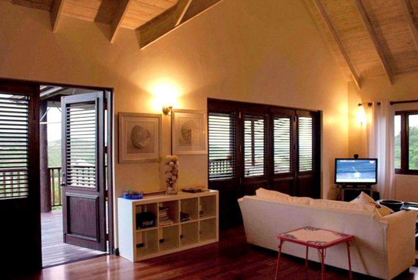 St-Lucia-Homes---Hillside-Villa---LivingRoom