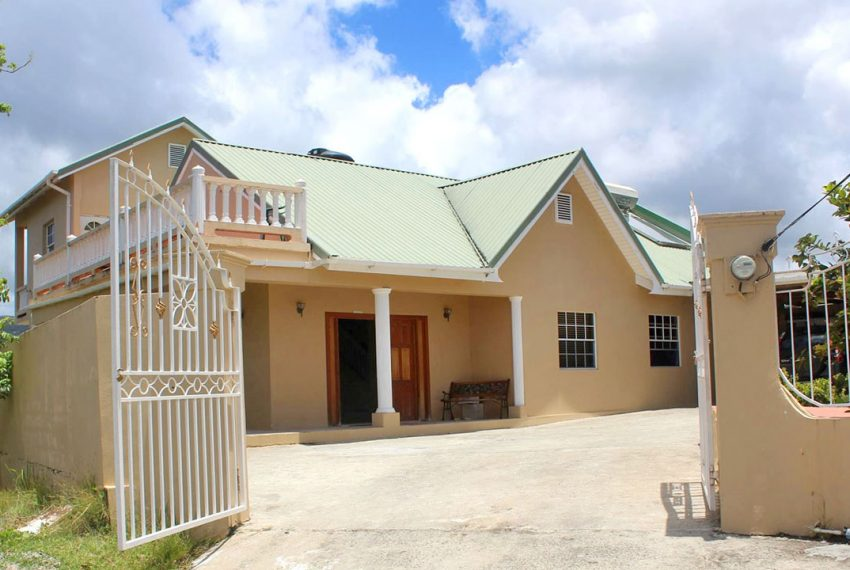 St-Lucia-Homes---Choiseul-Family-Home---Front-View