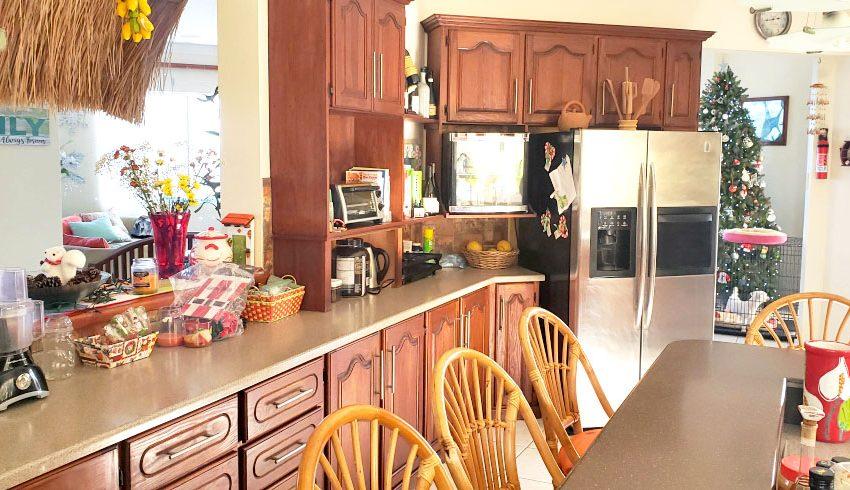 St-Lucia-Homes---Chateau-Devaux---Kitchen
