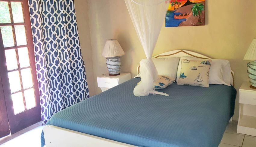 St-Lucia-Homes---Chateau-Devaux---bedroom 2