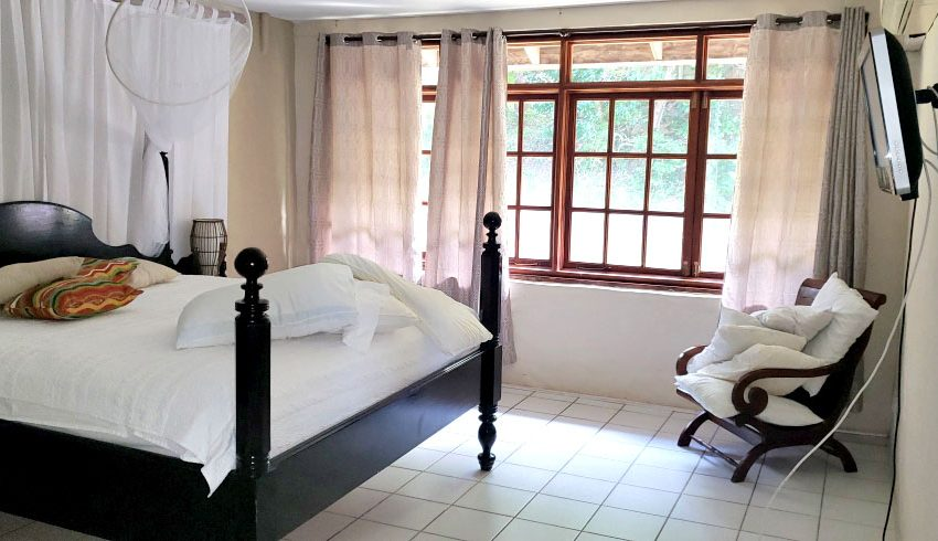 St-Lucia-Homes---Chateau-Devaux---bedroom