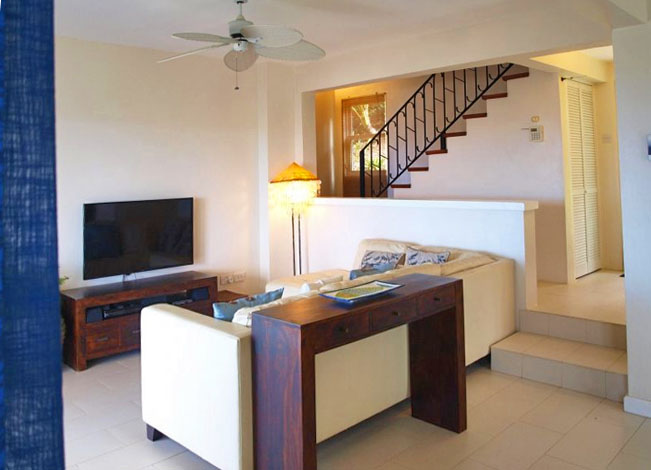 Villa Matesse-living room-2