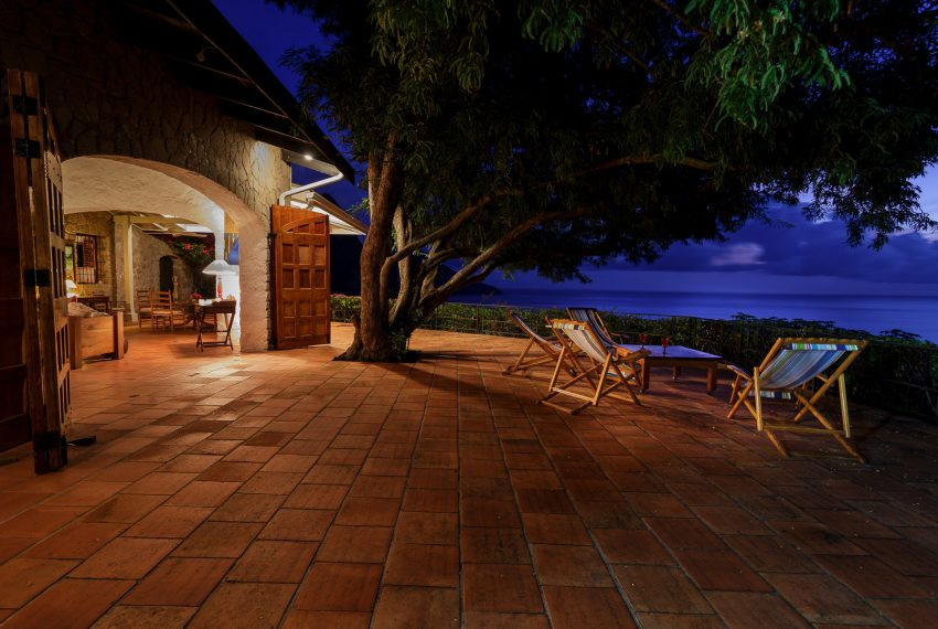 Tamarind tree terrace