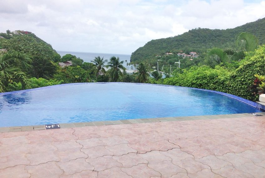 St-Lucia-Homes---MRG033---Villa-Ashiana---Sitting-pool
