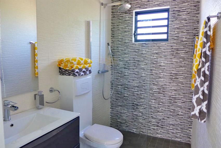 St-Lucia-Homes---GRI005-Lab-Villa---Bathroom