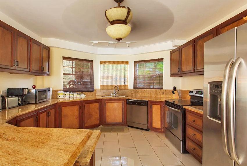 St-Lucia-homes---Villa-Chloesa---Kitchen