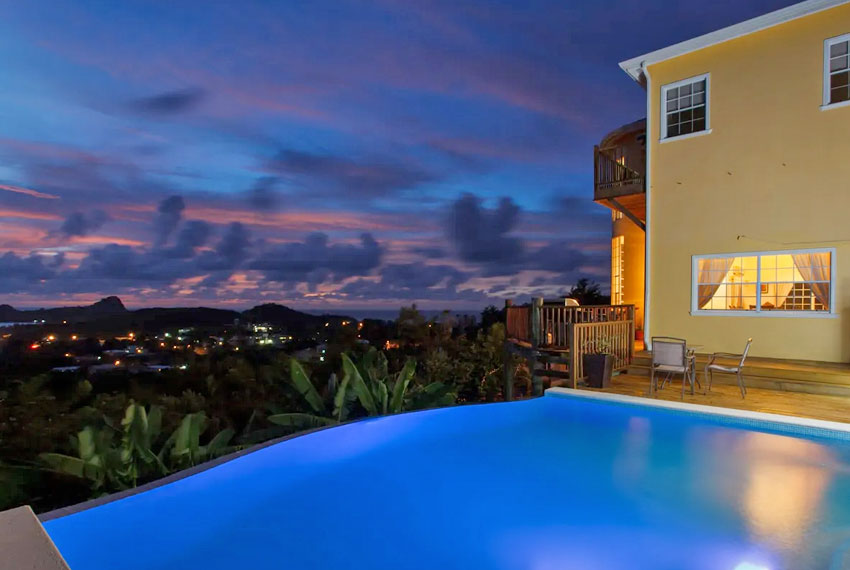 St-Lucia-homes---Villa-Chloesa---Pool-nighttime