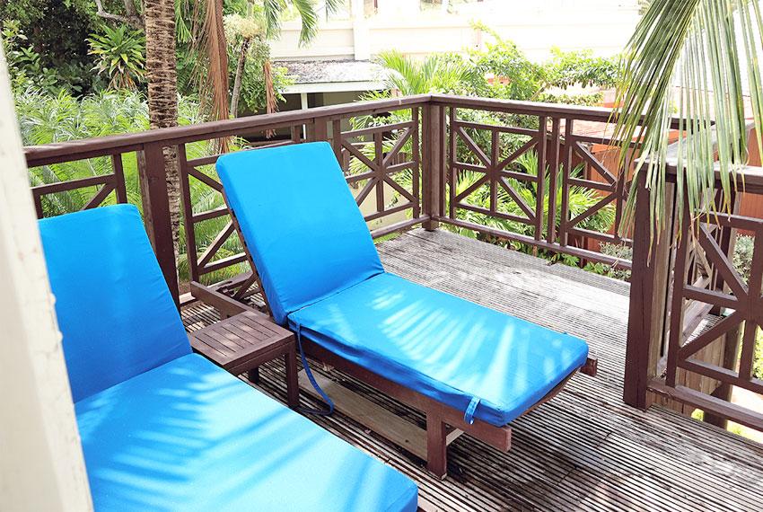 St-Lucia.-Homes---Villa-Valarie---Balcony