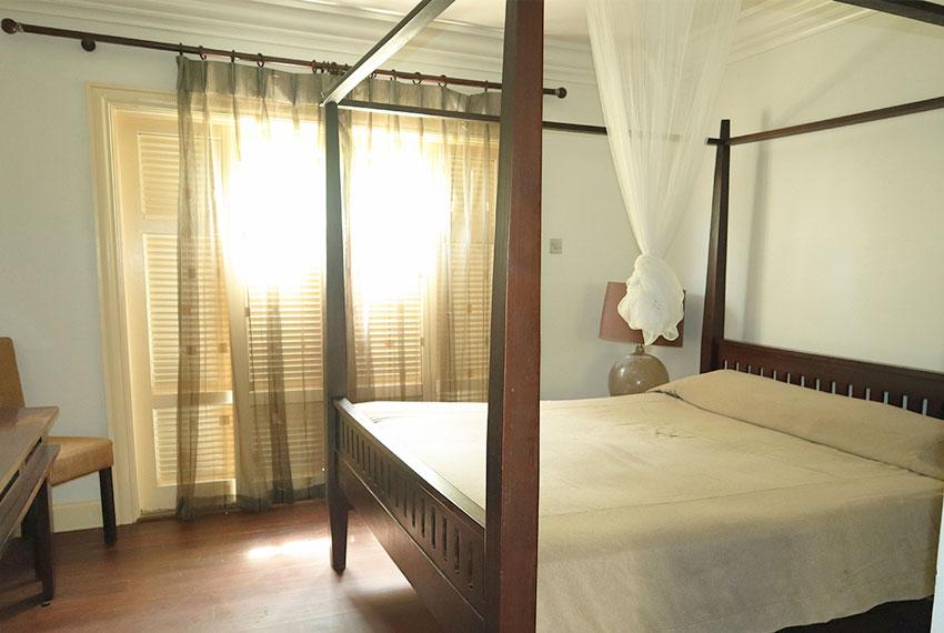 St-Lucia.-Homes---Villa-Valarie---Main-Bedroom