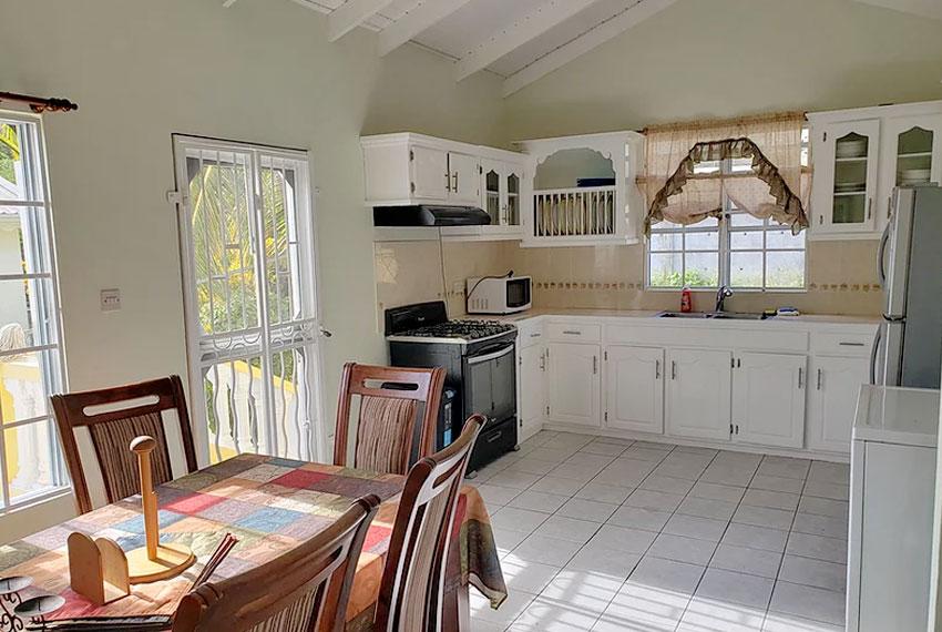 st-Lucia-homes---bea025---kitchen-2