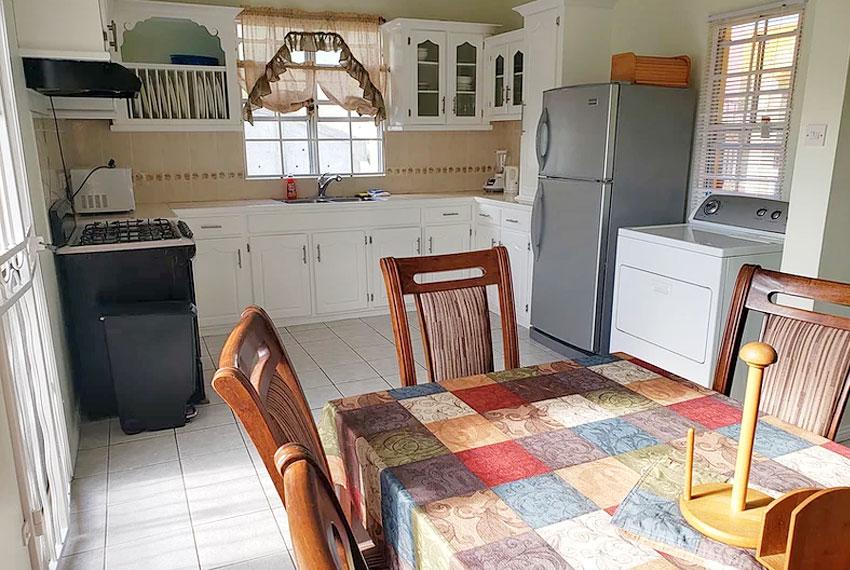 st-Lucia-homes---bea025---kitchen